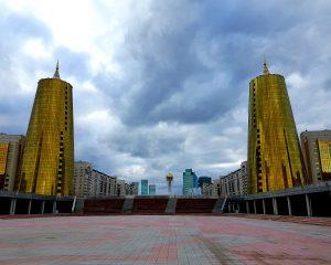 Astana is één van de koudste en nieuwste hoofdsteden ter wereld. Niet echt een bucketlistitem voor reizigers die van zon en geschiedenis houden. Wél een bijzondere ervaring voor iedereen die simpelweg van landen afstrepen houdt.