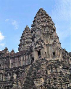 Angkor Wat is het grootste, best bewaarde en meest geliefde tempelcomplex van Angkor.